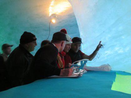 39 Temperature measurement of the glacier lower part 2